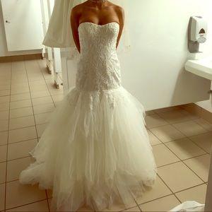 Dresses & Skirts - Glamorous Beaded Lace Wedding Dress
